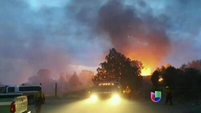 Recuperan cuerpos de los 19 bomberos muertos durante incendio forestal en Arizona