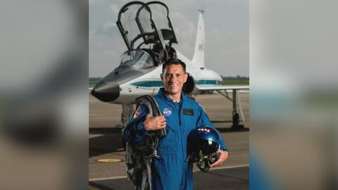 Convertirse en astronauta de la NASA, el sueño cumplido de este hombre de origen salvadoreño