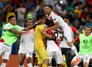 En fotos: Perú eliminó de la Copa América al favorito Uruguay desde el punto penal