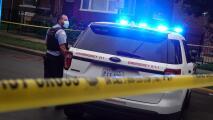 """""""Nadie está seguro"""": habitantes de Chicago reaccionan al informe sobre la criminalidad en la ciudad"""