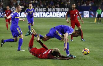 En fotos: Poco fútbol y nada más entre el Team USA y Bosnia-Herzegovina