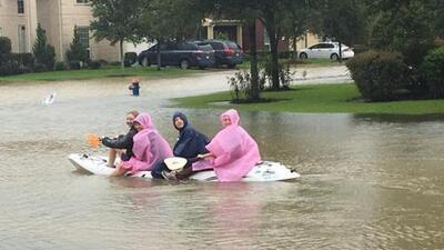 Mis 5 días encerrada en una casa de Houston y la sorprendente reacción de mis vecinos