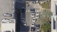 Al menos cinco heridos y una persona en custodia tras tiroteo en el Aventura Mall