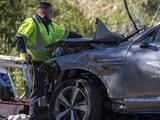 Detectives investigan la camioneta del accidente de Tiger Woods