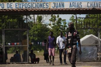 Así viven los cientos de migrantes africanos varados en Costa Rica