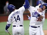 Bellinger se dislocó el hombro celebrando jonrón que dio triunfo a Dodgers