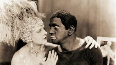 ¿Qué es el 'blackface', esa 'diversión' racista que aún sacude a la sociedad estadounidense?