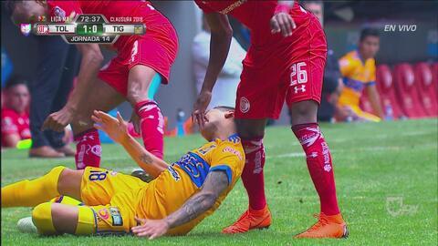 Ismael Sosa sufrió un par de golpes alarmantes en la cabeza
