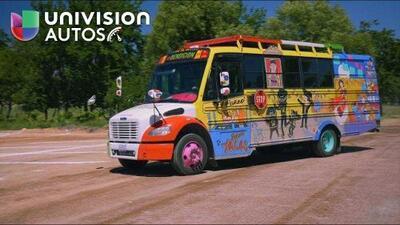 Estos mexicanos transformaron un autobús escolar para irse al Mundial y este fue el resultado