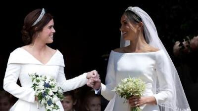 Bodas copiadas: este interactivo demuestra que Meghan Markle y Eugenie de York se casaron igual