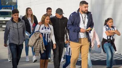 'Chupete', Ayoví y más ex Rayados llegaron para apoyar en final ante Tigres