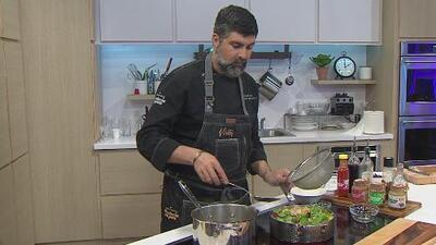 La receta: pasta con salchicha italiana, espárragos y espinaca
