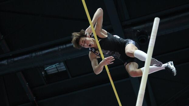 Histórico: Duplantis establece la mejor marca mundial de salto con pértiga