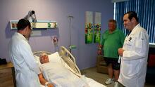 Para ahorrar dinero, pacientes y cirujanos de EEUU se encuentran en Cancún