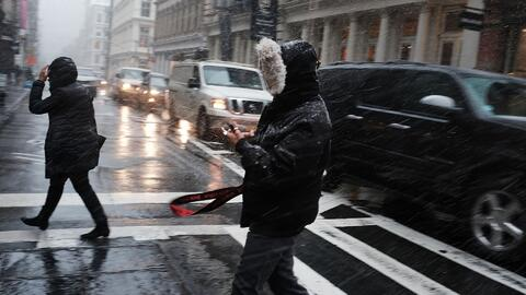Advierten sobre posibles problemas de tráfico en Nueva York por las condiciones del tiempo