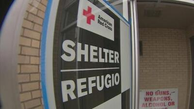 Abren cinco refugios para que desamparados de Houston puedan resguardarse del frío