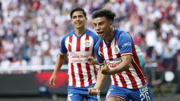 Nene consentido... Chivas prepara jugoso aumento salarial a Fernando Beltrán