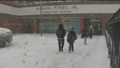 A pesar de la tormenta invernal, Escuelas Públicas de Chicago abrieron sus puertas