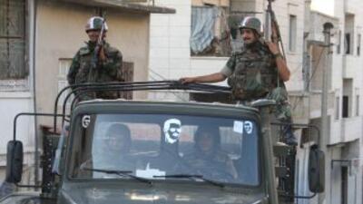Combates entre tropas sirias y desertores