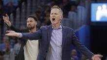 NBA impone multa de 25 mil dólares a Steve Kerr