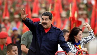 El dictadorzuelo que no se quiere ir
