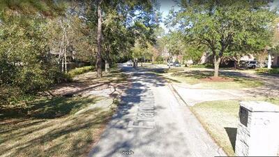 Policía busca a sospechosos de robar 6.4 millones de dólares en una casa al oeste de Houston