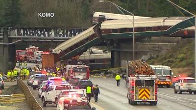 El tren que descarriló en Seattle viajaba con exceso de velocidad