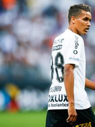 En las últimas horas se ha hablado de que Pedrinho, una de las perlas del Corinthians, interesa al Borussia Dortmund. Sin embargo, se espera que llegue interés de otros grandes de Europa.
