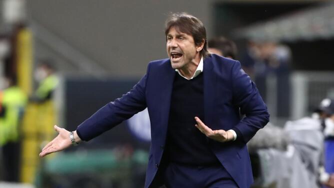 OFICIAL: Antonio Conte deja de ser técnico del Inter de Milán