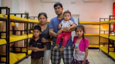 De la sierra a la frontera: sembradores de amapola huyen de Guerrero por la violencia del narcotráfico del que viven