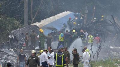 Más de 100 personas murieron luego de que un avión comercial se estrelló tras despegar del aeropuerto de La Habana