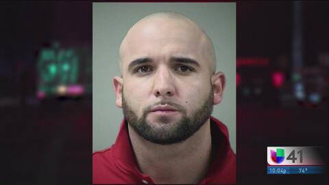 Conductor enfrenta cargos tras provocar la muerte de un motociclista