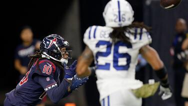 Texans vencen a Colts con un DeAndre Hopkins espectacular