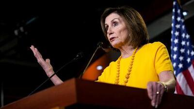 """""""Los niños están asustados"""": Pelosi narra cómo le pidió a Trump detener las deportaciones masivas"""