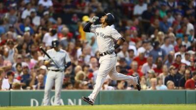Miguel Andújar emuló a dos miembros del Hall of Fame de MLB