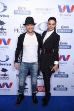 Livia Brito y Said 'El Caballero' llegaron muy enamorados a la presentación de 'La Piloto' en México