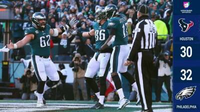De manera agónica los Eagles vencen a los Texans y mantienen viva su esperanza de Playoffs