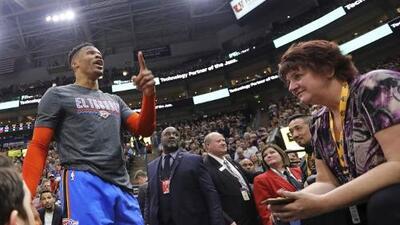 """Westbrook encaró y amenazó a fan del Jazz: """"Te voy a joder a ti y a tu esposa"""""""