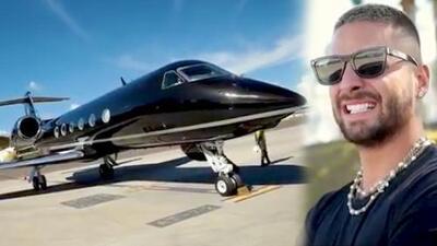 Conteniendo el llanto, Maluma presume su avión de 15 millones de dólares