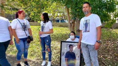 """""""El dolor se triplica por la espera"""": crisis por acumulación de cadáveres en la morgue de San Juan"""