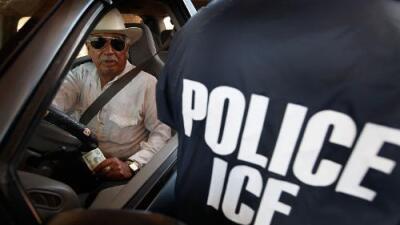 Los falsos avisos de redadas en California que circulan en vísperas del Día de Independencia de México
