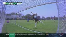 ¡Retumba el travesaño! Susana Romero cerca del gol para Cruz Azul