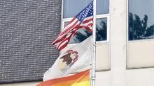 Springfield reconoce los derechos LGBTQ al izar la bandera de arcoíris