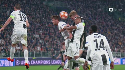¡Gol del Ajax y la Juventus está al borde de la eliminación!