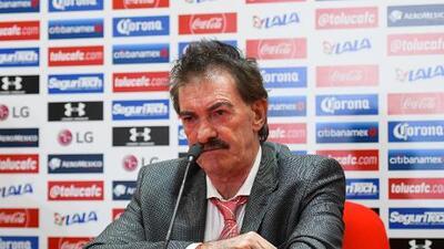 """La Volpe: """"Presumen que Chivas genera y no me acuerdo cuál fue el último"""""""