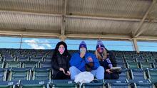 Comienza el primer juego de la temporada de los Cubs en el Wrigley Field para el 25% de los fanáticos
