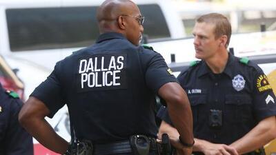 Oficiales de Texas podrían recibir sanciones si no colaboran con las autoridades migratorias