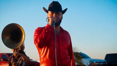 Más de 100 disparos y a plena luz del día: los detalles de la muerte de Luis Mendoza, el cantante de narcocorridos