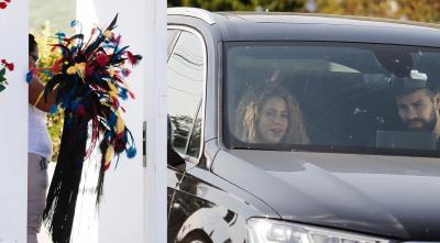 Un misterioso sombrero de plumas de Shakira nos dejó a todos intrigados