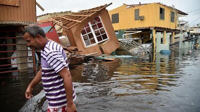 La angustia de cientos de familias que no tienen noticias de sus seres queridos en Puerto Rico